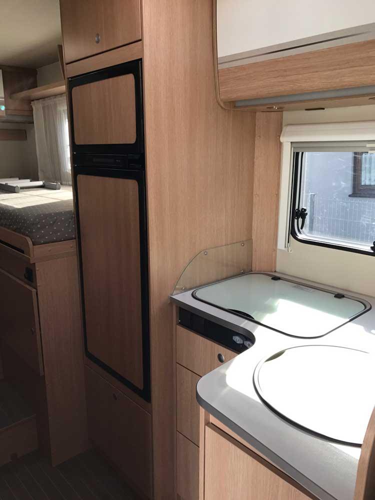 gebrauchte wohnmobile dethleffs a 5881 hg advantage wohnmobilvermietung franken. Black Bedroom Furniture Sets. Home Design Ideas